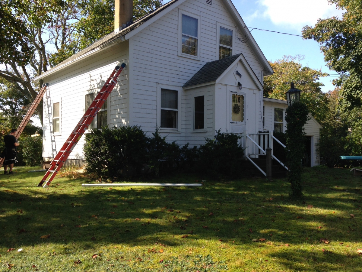 187 Gutter Pro On The Job In Dennis Ma