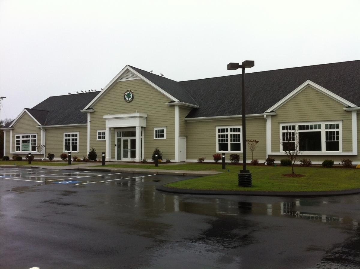 Seamless Commercial Gutter Centerville Gardens Centerville MA