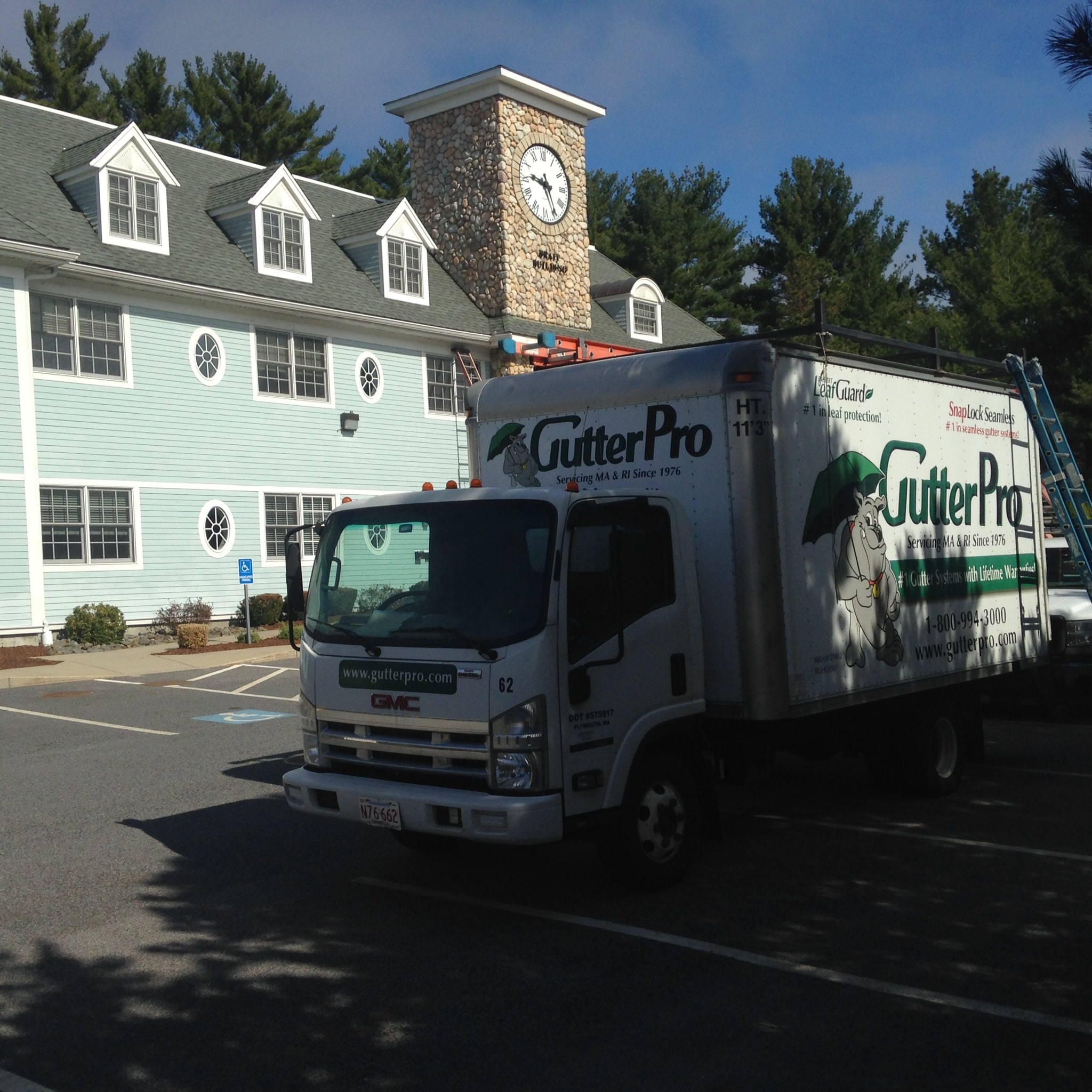 » Seamless Commercial Gutter Replacement At Scituate